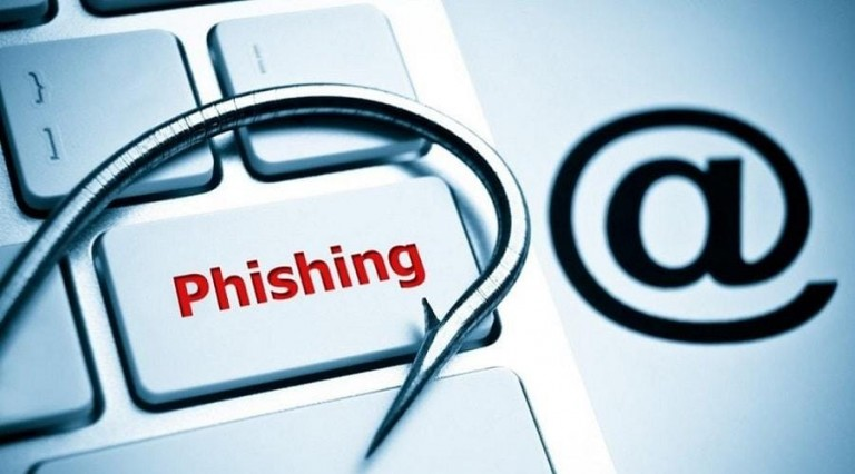 Internet_phishing-min